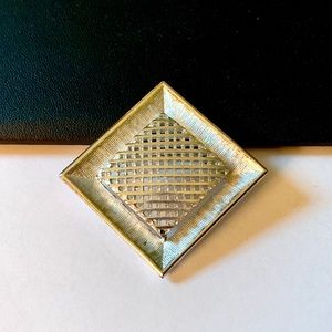 Vtg Sarah Coventry Silver Lattice Brooch